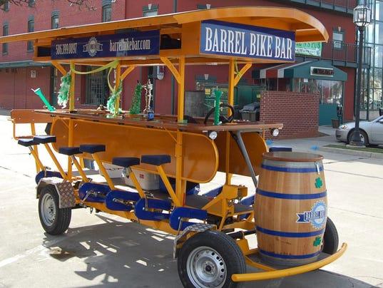 636008191011573649-Barrel-Bike-Bar.jpg