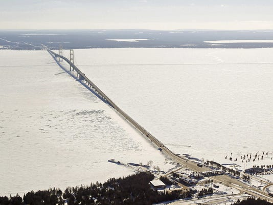 mackinac-bridge-ice