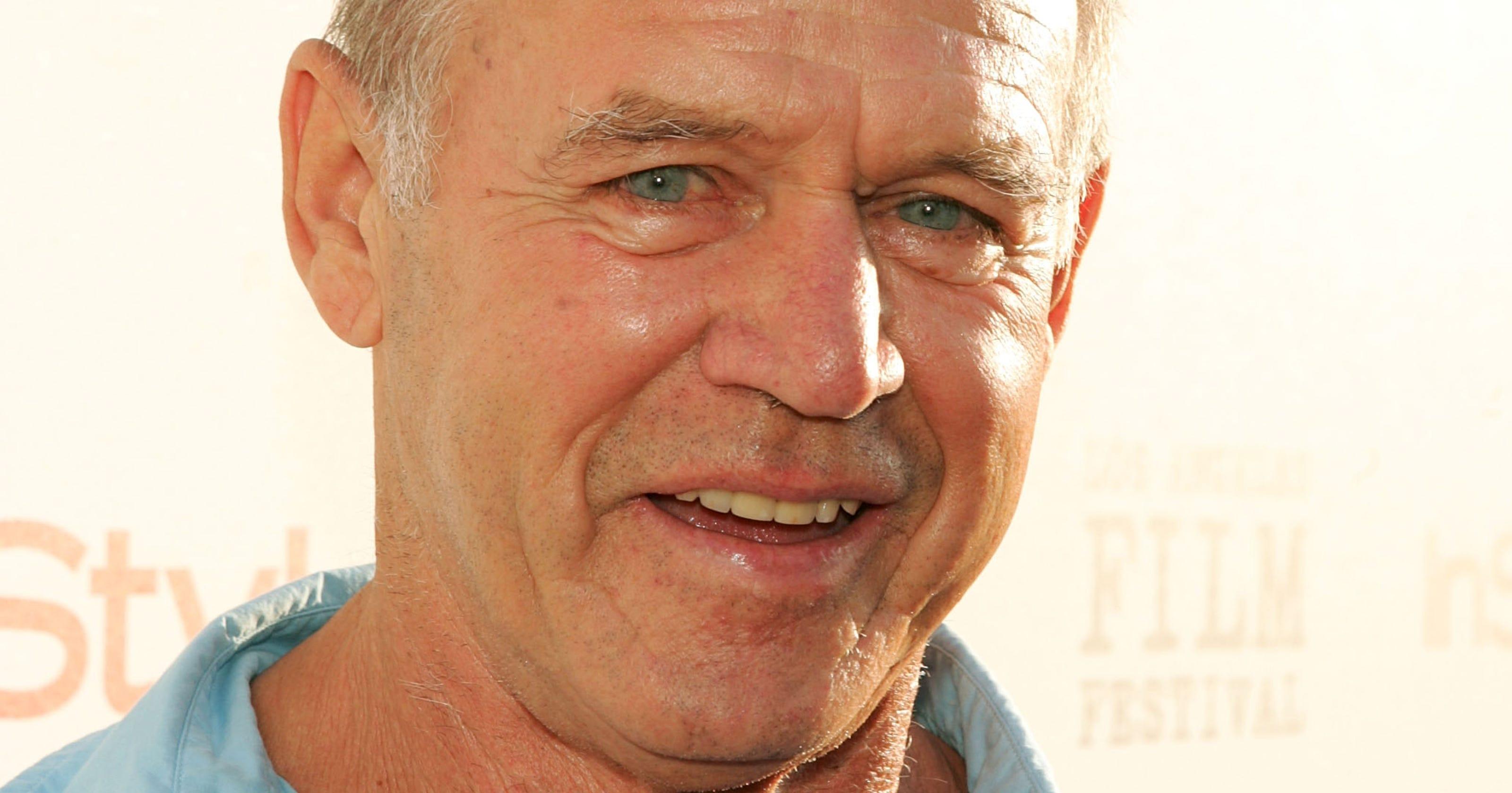 Character actor Geoffrey Lewis dies at 79