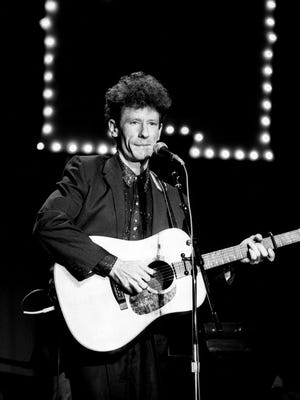 """Rising star Lyle Lovett kicks off the Few Faces showcase at the Opryland Hotel's Tennessee Ballroom with his hit single """"Cowboy Man"""" Feb. 21, 1987."""