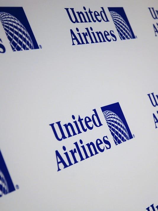 635754425734386876-United-Continental-logo