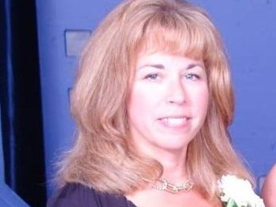 Julie Karavan