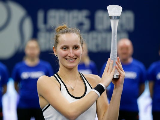AP SWITZERLAND TENNIS WTA S TEN CHE