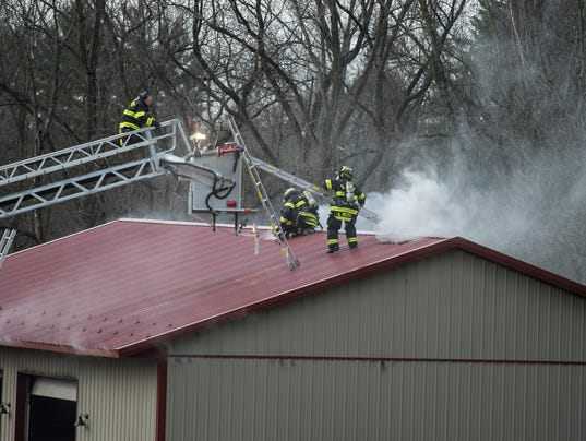 LDN-JML-010917-garage-fire