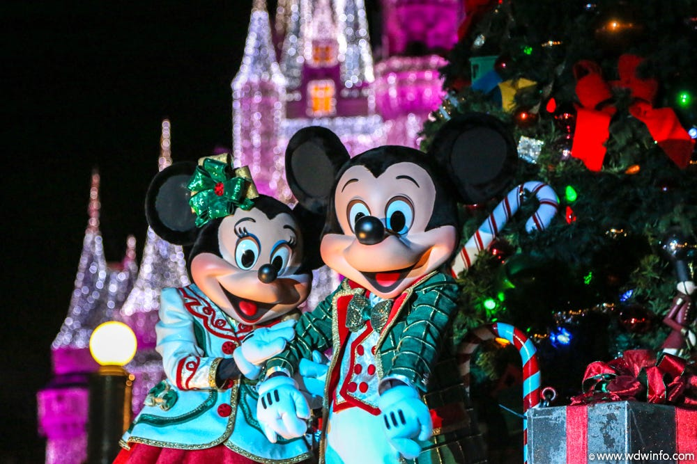 save 15% at mickeyu0027s very merry christmas party