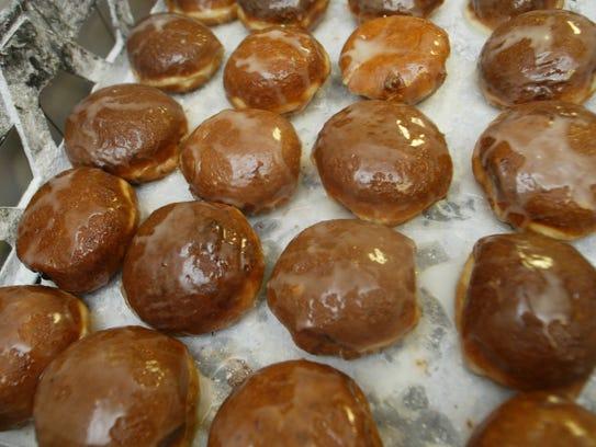 Krystyna Bakery in Garfield prepares paczki for Fat