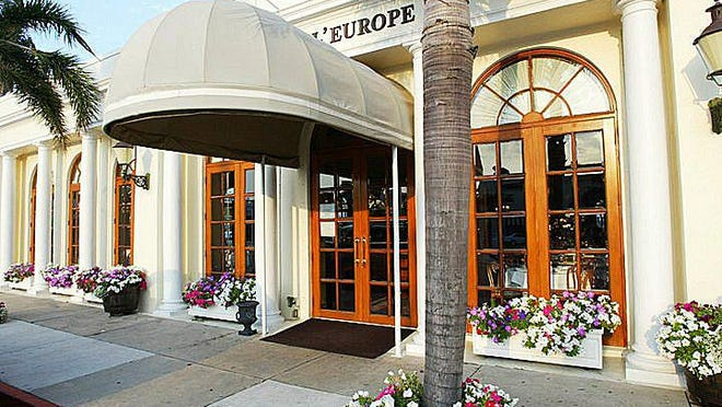 Café L'Europe began its curbside pickup service on Tuesday.