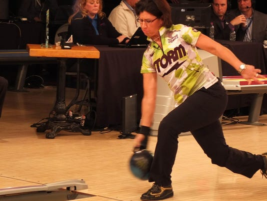 DCA 082615 bowling