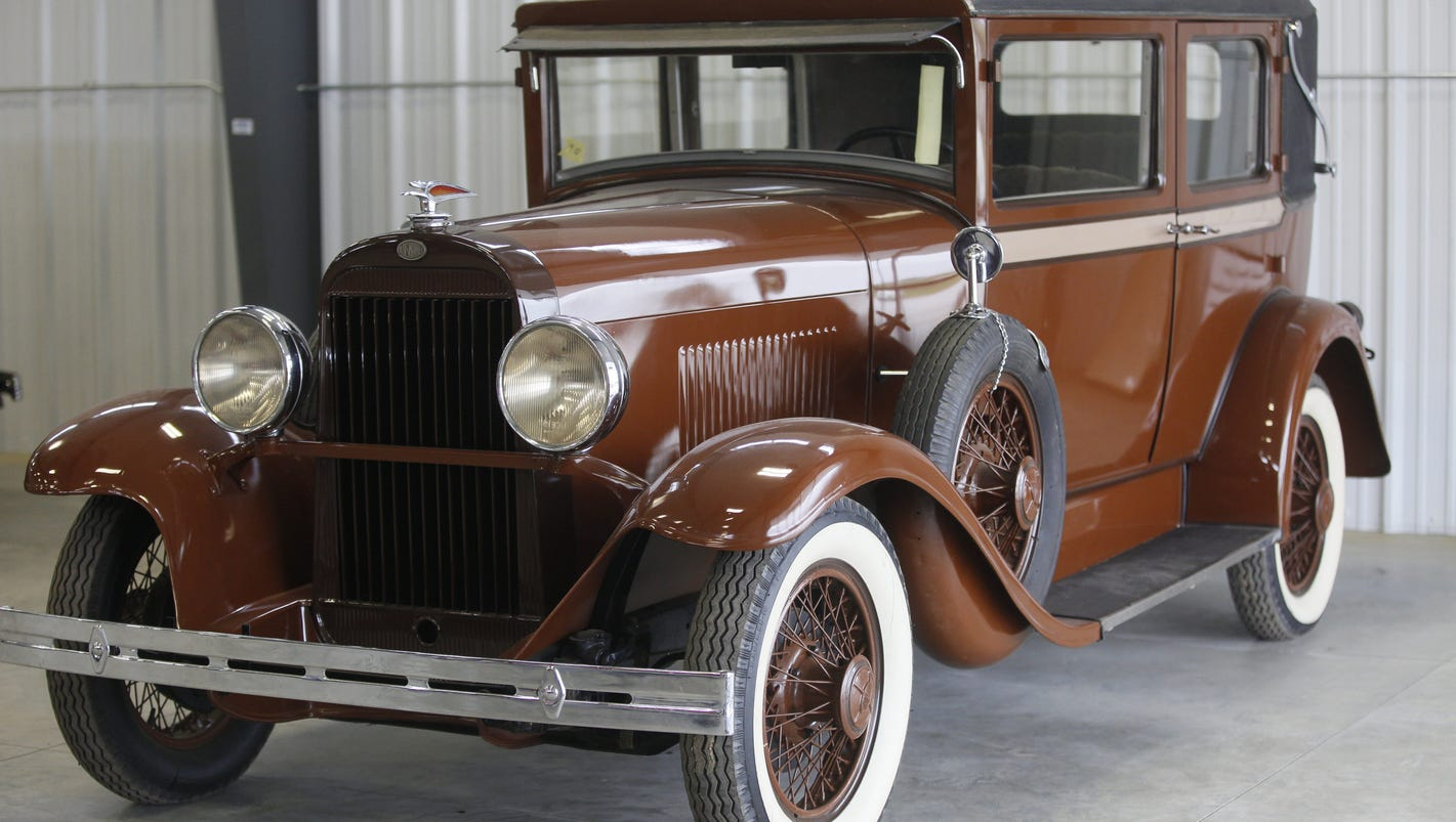 Up for bid: One man\'s astounding antique car collection