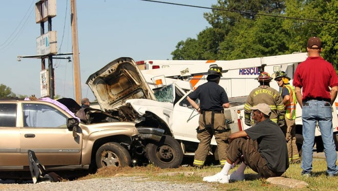 Authorities respond to the scene of wreck near Getsinger and Pearman Dairy roads in Anderson County.
