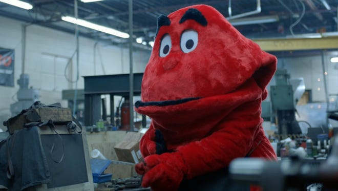 WKU's Big Red in Brad Paisley's college football-themed music video.