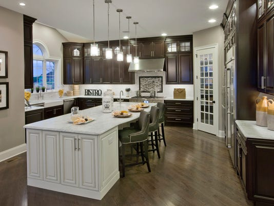 Toll-brothers-Henley-kitchen