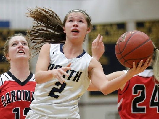 636552849835800290-APC-GBB-North-vs-Chippewa-Falls-2724-022618-wag.jpg