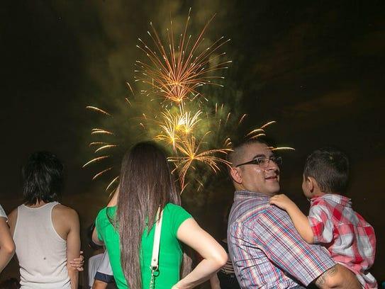 Phoenix fireworks