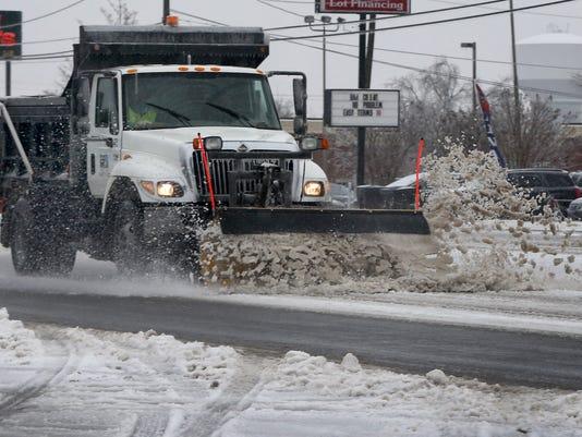 04-snow plow.jpg