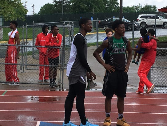 Ricky Thomas II of Oyler sizes up the 400-meter competition