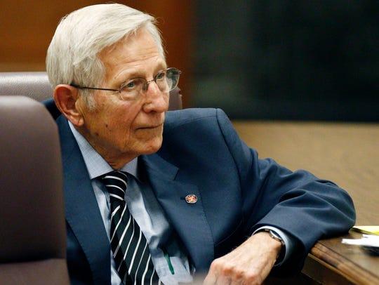 Sen. Bob Dearing