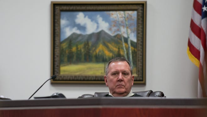 Judge Dan Slayton presides over State vs. Steven Jones April 6, 2017 at Coconino County Superior Court. (Photo by Michael Patacsil)