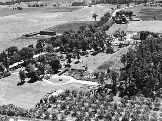 Aerial view of the entire Pinehurst farm looking south
