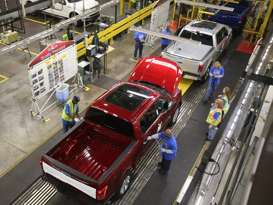 2015-F-150-production-at-Dearborn-Truck