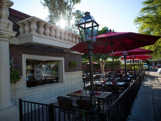 Kelly's in Scottsdale Rising new business
