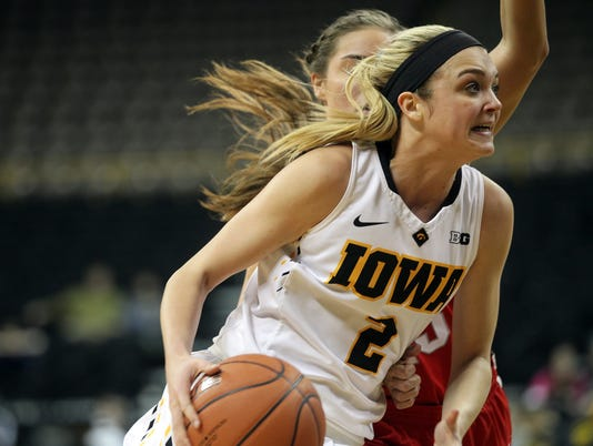 635923060663864107-IOW-0211-Iowa-wbb-vs-Ohio-State-12.jpg