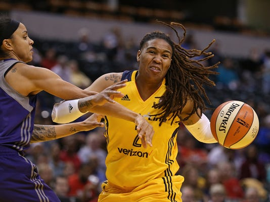 636030114796217159-0518-Indiana-fever-vs-Phoenix-jrw01.JPG