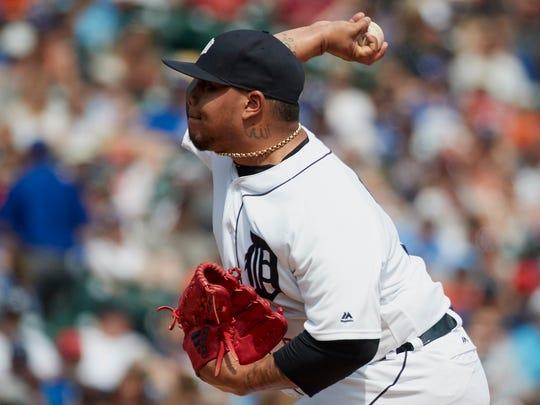 Jul 16, 2017; Detroit, MI, USA; Tigers relief pitcher