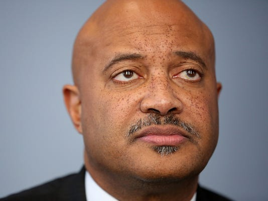 4 women allege Indiana Attorney General Curtis Hill touched them inappropriately at bar