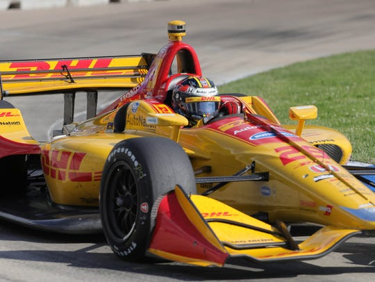 Ryan Hunter-Reay driving the Andrett Autosport Honda goes through turn eight Sunday.