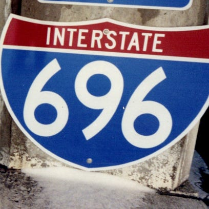 Sign for I-696 in Macomb and Oakland counties.