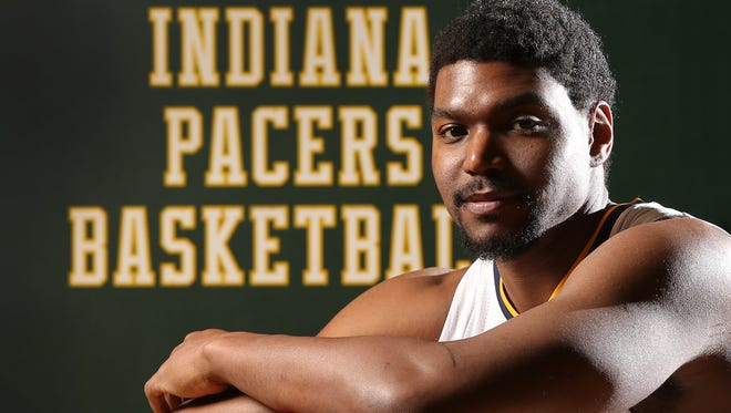 Indianapolis Pacers center Andrew Bynum