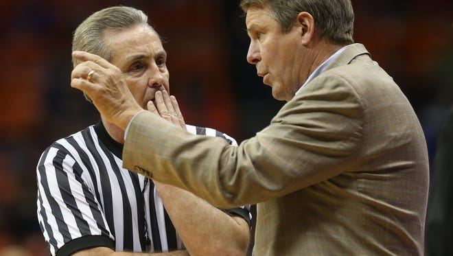 UTEP coach Tim Floyd talks to an official during a recent game. The Miners play Southern Miss on Thursday.