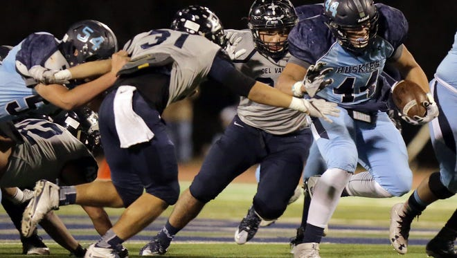 Chapin and Del Valle met in last year's Class 5A football playoffs. Changes are coming to Class 5A in 2018, which will place Class 5A teams in divisions.