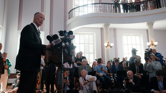 Former Governor Robert Bentley speaks after officially