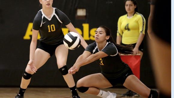 Eastwood volleyball defeated Loretto Tuesday in three straight at Loretto Academy.