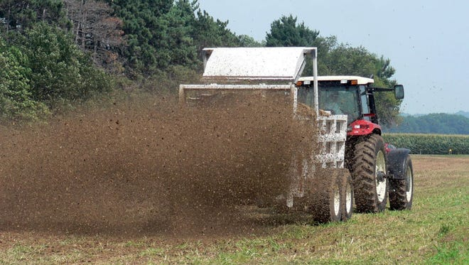 Spreading manure when rain is on the way and soil is already saturated could carry it to streams, threatening water quality and depriving crops of nutrients. Check the Runoff Risk Advisory Forecast before spreading manure.