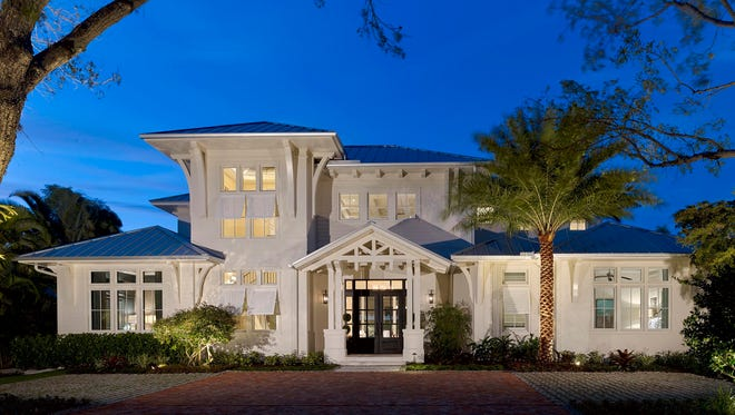 Creating award-wining homes for nearly three decades, London Bay's homes represent collaborations with Southwest Florida's leading architects and interior designers as well as its in-house design-led team.
