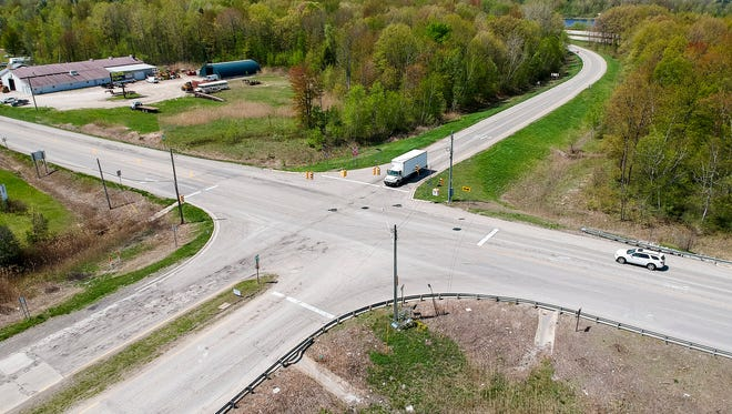 A roundabout is slated for construction in 2020 at Range and Dove Roads, where the eastbound I-94 off-ramp merges onto Dove Road in Port Huron Township. The roundabout will be partially state and federally funded, but construction will be overseen by the St. Clair County Road Commission.