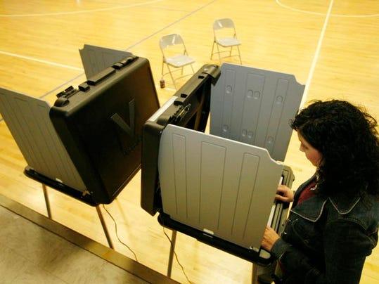 -0205_election6.jpg_20080205.jpg
