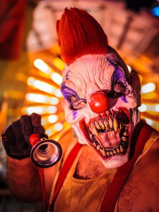 636407331621641248-CarnEvil-clown.jpg