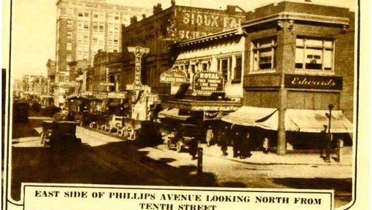 A 1927 newspaper photo of the building at the intersection