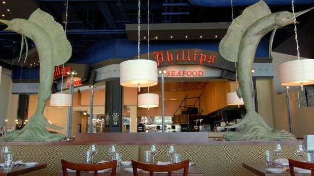 """Phillips Seafood in Atlantic City is offering its """"Cook, Crack, and Eat"""" event this fall season."""
