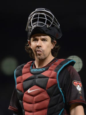 The Mariners claimed catcher Tuffy Gosewisch off waivers from Atlanta on Thursday. Gosewisch spent parts of the past four seasons with Arizona.