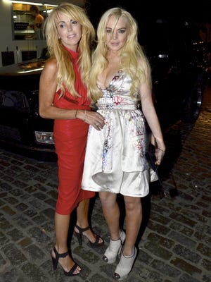 Lindsay Lohan and mom Dina in New York on Sept. 14, 2011.