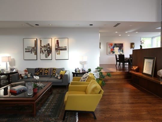Striking contemporary house by architect Robert Ziegelman