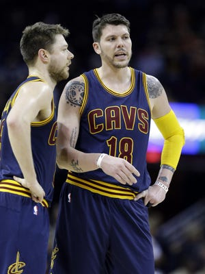 Mike Miller (right)