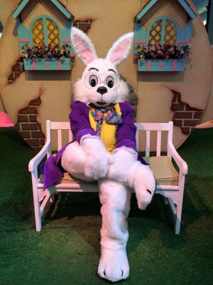 Eastdale Mall will hold a welcoming for the Easter Bunny on March 25 at 11 a.m.  Photos with the Bunny as well as live bunnies will be available.