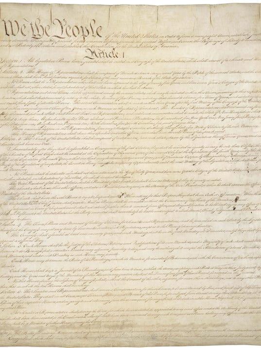 -Constitution.jpg_20061028.jpg