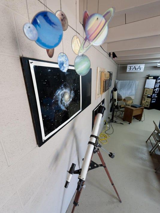 IMG_1008_Observatory_2.j_1_1_B25BOU78.jpg_20131009.jpg
